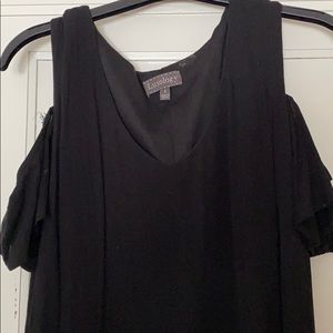 Dress with Cold Shoulder, cap sleeve by Luxology